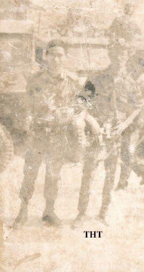 Tấm hình cũ